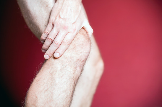 Knee pain and recovery massage
