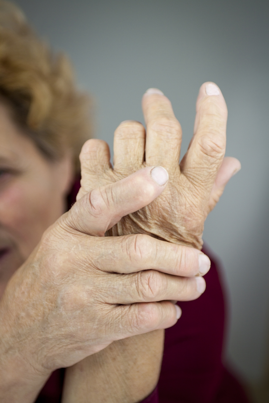 relieving joint pain with joint supplements